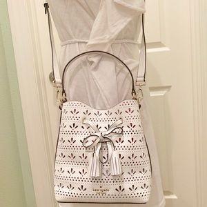 Small drawstring bucket Kate spade Hayes white Bag